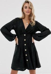 Czarna sukienka Asos Design z dekoltem w kształcie litery v