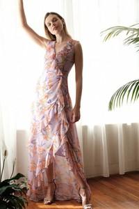Fioletowa sukienka Trendyol rozkloszowana z dekoltem w kształcie litery v bez rękawów