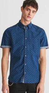 Granatowa koszula Reserved z jeansu w street stylu