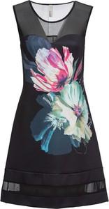 Czarna sukienka bonprix BODYFLIRT boutique bez rękawów mini z okrągłym dekoltem