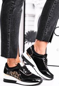Buty sportowe Vinceza z płaską podeszwą ze skóry sznurowane