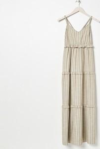 Sukienka Sinsay z dekoltem w kształcie litery v na ramiączkach