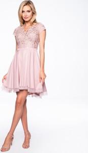 Różowa sukienka Premiera Dona mini z tkaniny