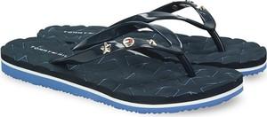 Granatowe klapki Tommy Hilfiger z płaską podeszwą w stylu casual