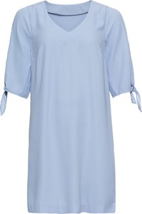 Błękitna sukienka bonprix BODYFLIRT na co dzień z krótkim rękawem oversize