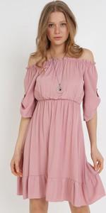 Różowa sukienka born2be trapezowa mini