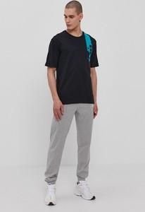 Czarny t-shirt Diadora z bawełny w stylu casual
