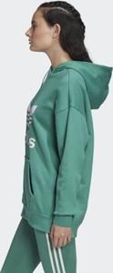 kurtka adidas adicolor stylowo i modnie z Allani