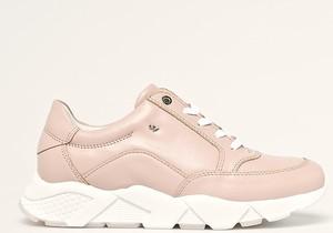 Buty sportowe Wojas z płaską podeszwą