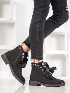 Czarne botki Czasnabuty w stylu casual sznurowane z płaską podeszwą
