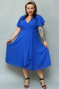 Niebieska sukienka KARKO rozkloszowana z szyfonu z dekoltem w kształcie litery v