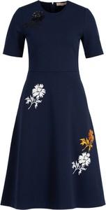 Sukienka Tory Burch z okrągłym dekoltem z krótkim rękawem mini