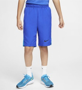 Niebieskie spodenki dziecięce Nike