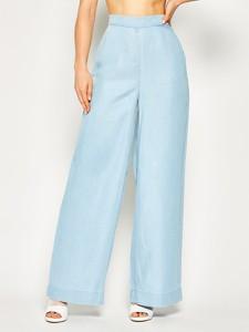 Niebieskie spodnie Guess w stylu retro