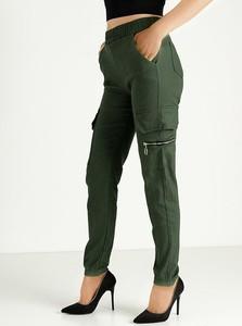 Zielone spodnie Royalfashion.pl