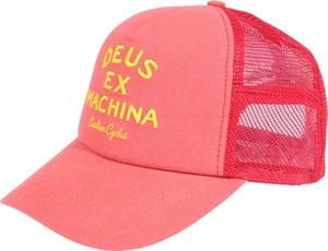 Różowa czapka Deus Ex Machina