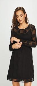 Czarna sukienka Vero Moda w stylu casual mini z tkaniny
