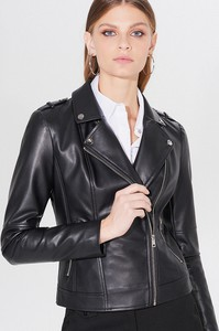 Czarna kurtka Mohito w stylu casual krótka