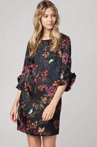Sukienka Solar z tkaniny w stylu casual z długim rękawem