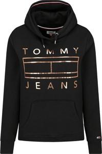 Czarna bluza Tommy Jeans krótka w młodzieżowym stylu