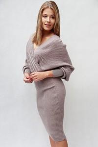 Brązowa sukienka Endoftheday w stylu casual z długim rękawem oversize