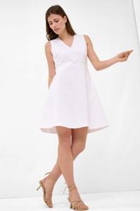 Sukienka ORSAY z tkaniny bez rękawów z dekoltem w kształcie litery v
