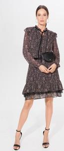Sukienka Mohito mini z szyfonu z żabotem