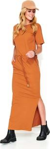 Sukienka Makadamia z okrągłym dekoltem z bawełny