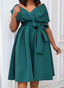 Sukienka Arilook z krótkim rękawem midi z dekoltem w kształcie litery v