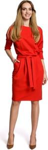 Czerwona sukienka Merg z długim rękawem prosta