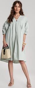 Miętowa sukienka Renee z długim rękawem z dekoltem w kształcie litery v