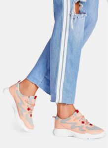Buty sportowe DeeZee w sportowym stylu sznurowane