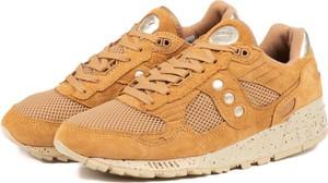 Brązowe buty sportowe Saucony w sportowym stylu
