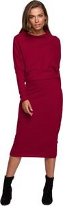 Czerwona sukienka Style z długim rękawem midi