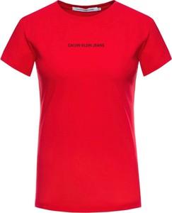 Czerwony t-shirt Calvin Klein z okrągłym dekoltem z krótkim rękawem