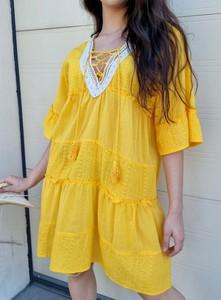 Żółta sukienka Ottanta z dekoltem w kształcie litery v z bawełny