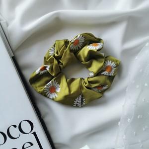 Vezzi Gumka scrunchies,kwiatuszki,zielony O4V90019-3