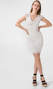 Sukienka Guess bez rękawów z dekoltem w kształcie litery v mini