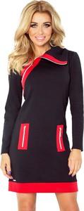 Czarna sukienka NUMOCO z golfem w sportowym stylu sportowa