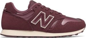Czerwone buty sportowe New Balance sznurowane z zamszu z płaską podeszwą