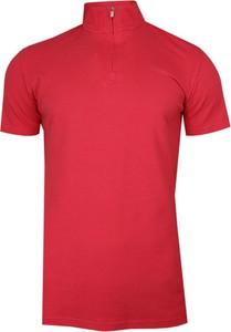 Różowy t-shirt Chiao z krótkim rękawem