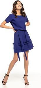 Sukienka Tessita rozkloszowana z okrągłym dekoltem z krótkim rękawem