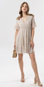 Sukienka born2be mini rozkloszowana z krótkim rękawem