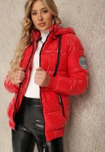 Czerwona kurtka Renee krótka z kapturem