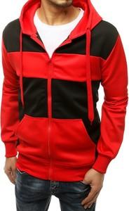 Czerwona bluza Dstreet w młodzieżowym stylu