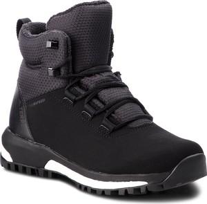 Śniegowce Adidas sznurowane z płaską podeszwą