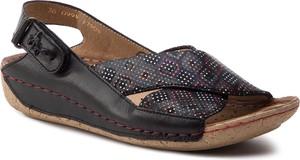 Sandały Maciejka z klamrami w stylu casual na koturnie