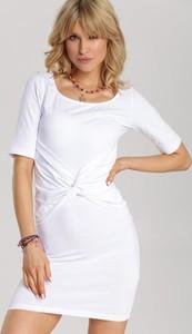 Sukienka Renee mini w stylu casual dopasowana