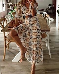 Sukienka Kendallme trapezowa maxi z dekoltem w kształcie litery v