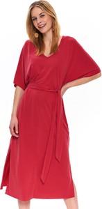 Czerwona sukienka Top Secret z dekoltem w kształcie litery v oversize z tkaniny
